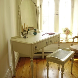 Hand Painted Distressed Shabby Chic Vintage Vanities by My Paris Apartment