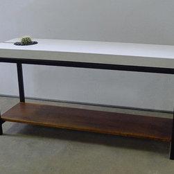 Succulent concrete table - ConcretePete LLC