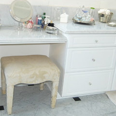 traditional bathroom vanities and sink consoles by D&O Cabinets INC