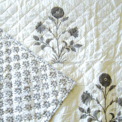 Quilt, Veronique/Antoinette - A subtle mix of cottage style with a bit of an exotic touch, Les Indiennes' Veronique/Antoinette quilts are handmade from pure cotton and natural dyes.