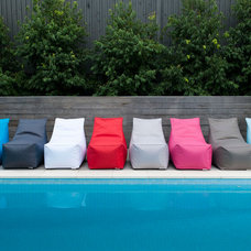 Modern Outdoor Chairs by glammliving