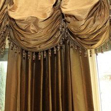 Traditional Curtains Traditional Curtains