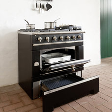 Traditional Gas Ranges And Electric Ranges by La Cornue
