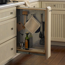 Traditional Kitchen Drawer Organizers by Armstrong