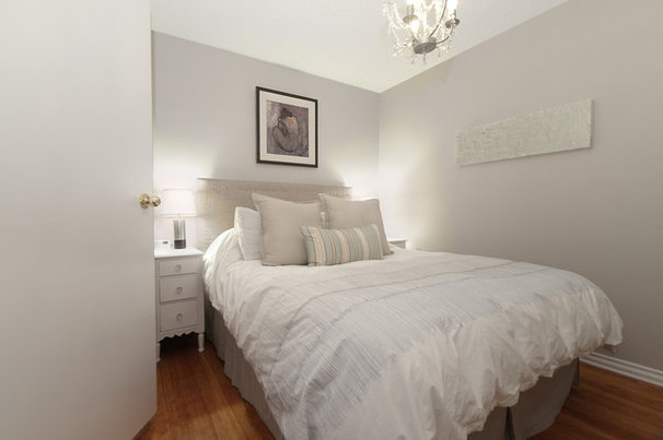 Traditional Bedroom by A Good Chick To Know