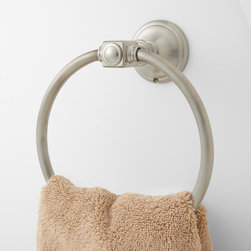 Vintage Towel Ring - This solid brass towel ring will make a great addition to your bathroom organization and provide a decorative place to keep your hand towels. The delightful shape and curvature of its base will add a touch of modern elegance to your traditionally styled bathroom.