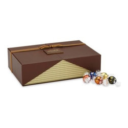 Lindt - Lindt Lindor Truffles Chocolate Celebration 120-Count Gift Box - Get ready for an exquisite celebration this holiday season with this delectable chocolate gift box.