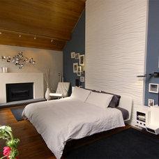 Modern Bedroom by Freespace Design LLC