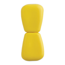 Chef'n Corn Cob Holders - Grab  bite  repeat.  The face-covered-in-corn thing you've got going on? That's a good look for you. We recommend you sport it more often.Product Features                                   Four sets of corn holders            Interlock for safe storage and retrieval            Large and easy to hold            Stainless steel tines            Top-rack dishwasher safe