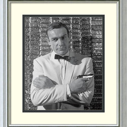 Amanti Art - 'Sean Connery' Framed Art Print 16 x 18-inch - Dashing and daring, Agent 007 strikes a classic pose in this handsome black & white photography portrait. Known for his Scottish accent and rugged good looks, Academy Award-winning actor Sean Connery was the first man to portray James Bond on film.