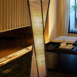 Modern Hand Waved Bamboo Floor Lamp -