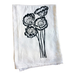 The Coin Laundry - Poppy Kitchen Towel - Poppies! Hand silk screened on a lint-free 100% cotton towel makes a great gift for the gardener or urban farmer in your life! They're a great way to save on paper towel waste too! From cleaning windows, to countertops to covering your dough while it rises, these babies do it all! Printed with earth friendly water based inks and solvents.
