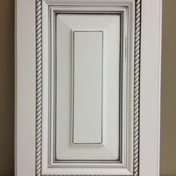 Echelon Cabinetry - Echelon South Hampton Maple Door in Alpine with ...