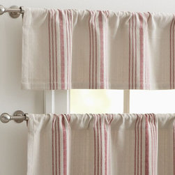 French Stripe Cafe Curtain - Reminiscent of a French cafe, these valances would be the ideal addition to any kitchen or breakfast nook. The soft stripes would play well with any and all surfaces in the space.