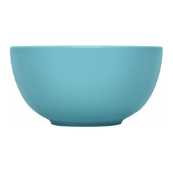 Iittala - Teema Serving Bowl Turquoise - Turquoise is the perfect pop of color in the kitchen or dining room. The classic hue never goes out of style and looks great with this modern ceramic bowl. Serve up your favorite dish and then simply place it in the dishwasher for quick and easy cleanup.