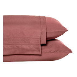 Nine Space - Pleated Sheet Set, King, Wine - Give your bed the perfect foundation for layering on color and texture with these luxurious linens loomed from pure, long-staple organic cotton with clean, pleated detailing. This set is so ecofriendly, you can rest easy knowing that it's free from harmful pesticides. 250 thread count.