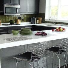 Modern Kitchen by Caesarstone