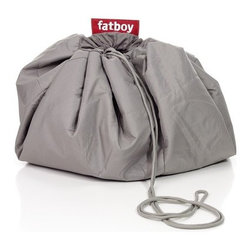 Fatboy - Knapsack - Our brand new Fatboy® knäpsäck is one of those typical lifesaving products. Those who are familiar with the Dutch comic character Douwe Dabbert might have a little bit of a déjà vu. Fatboy® knäpsäck is just like his old-fashioned wooden stock magical knapsack, from which he could always conjure items that suited the situation. Lifesaving? Magical? This is what the Fatboy® knäpsäck can do! A Knäpsäck would not be a Knäpsäck if you dont take it out for a picnic. Collect your ultimate picnic gear in your Knäpsäck and swing it over your shoulder. Whether you end up in a park, on a beach or a stylish curb walk, your table is set in no time. Going on a picnic will be a Knäpsäck walk in the park. And while youre at it, do some grocery shopping with your Knäpsäck on the way home. The Brabants Bont top is eye catching like shiny objects to black crows. Its Fatboy red parachute fabric bottom weighs almost nothing, is water and dirt resistant and surprisingly strong. It wont get moist and dirty when you sit on the grass. Still, the whole Knäpsäck is washable. Features: -Introduced in 2010. -Contemporary design of an old fashioned knapsack. -Ideal tool for a picknick; install / take away your picknick gear in 1 move. -The product is washable at 104°F. -The bottom fabric is strong, robust and anti-slide. -The parachute fabric is very strong and smooth for easy gliding the rope through the tunnel. Specifications: -Size: 5.9' diameter. -Weight: 3.52 lbs. Cleaning: -Dirt and moisture repellent: easy cleaning with lukewarm water and mild soap. Washable at 40°C.. Note: This product cannot be shipped to Canada