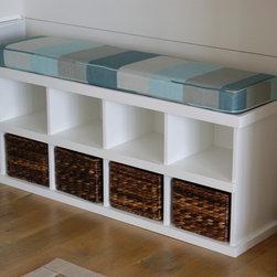 Storage bench. - Storage bench.