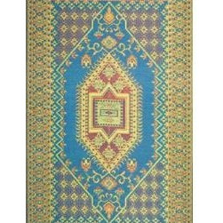 Oriental Turkish, Aqua - Adding an all-weather rug is a great way to create an indoor feel in an outdoor space.