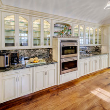 Traditional Kitchen by Hadley House Interiors