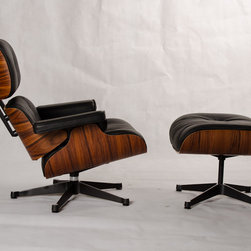 Eames Lounge & Ottoman reproduction - Highest quality reproduction of the iconic Eames Lounge & ottoman.