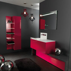 X&Y FRENCH COLLECTION - A collection designed by André Paquelet -www.paquelet-design.com. Without handles, fascias are made of shiny acrylic. The worktop is avaiable in SMO (resin) or in solid surface.