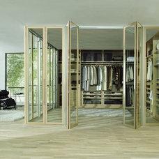 Modern  by Living Interiors Ltd