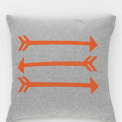 Nest Arrow Chambray Pillow - There are no hunters allowed in my dream forest-friends-themed room. But if there were, they would be armed with a bow and arrow. I am sure of it.