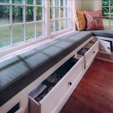 Traditional  by Sunrise Building & Remodeling Inc