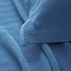 herringbone matelasse coverlet (denim)