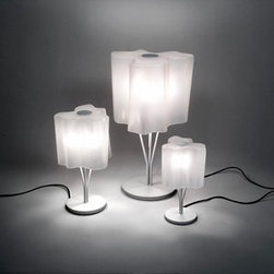 Artemide - Artemide | Logico Table Lamp - Design by Michele De Lucchi and Gerhard Reichert.
