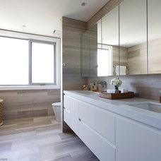 Contemporary Bathroom by T01 Architecture & Interiors