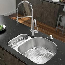 Modern Kitchen Sinks: Find Farmhouse Sink and Apron Sink Designs Online
