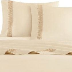 Artology - Artology Sari Sheet Set - Elegantly finish off the Sari bedding collection with the Artology Sari Sheet Set.The ultra-soft 300 thread count features a beautifully embroidered cuff against light yellow cotton fabric.