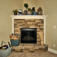 Traditional Family Room by Boise Hunter Homes