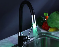 Painting Finish Kitchen Faucet with Color Changing LED Light - Function:	Kitchen Faucets