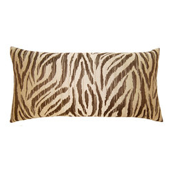 Square Feathers - Sahara Pilllow, Safari Pillow - The Sahara concept is exotic. Bringing patterns you wouldn't usually see on a pillow. Both stylish and bold.