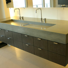 modern bathroom by Concreteworks