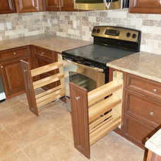 Modern Kitchen Cabinetry by Home Interior Solutions of Northwest Florida