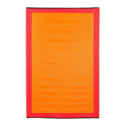 Fab Habitat - Indoor/Outdoor Skien Rug, Orange Peel & Rouge Red, 6x9 - Color your world — indoors or out — with this remarkable rug. Woven from recycled plastic straws, it's super lightweight, defies mildew and cleans in seconds — simply shake or hose.