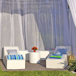 La-Fete Pool Club Now Collection - A 5-pc grouping for an instant cabana pool-side.