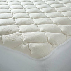 contemporary bedding by Linens 'n Things