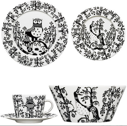Eclectic Dinner Plates by Fitzsu