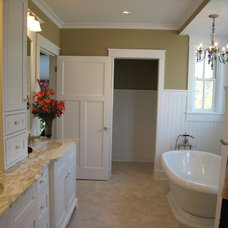 Farmhouse  by New Urban Home Builders