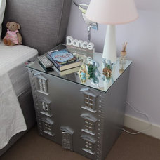 Dollhouse nightstand