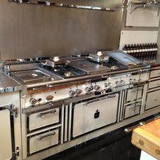 Modern Kitchen by Officine Gullo USA