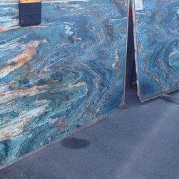 Royal Stone & Tile Showroom - Royal Stone & Tile Slab Yard in Los Angeles