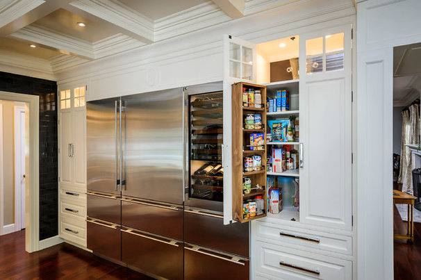 Traditional Kitchen Cabinetry by Leslie Ann Interior Design