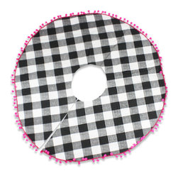 Plaid Pom-Pom Tree Skirt - I had a tree skirt similar to this buffalo check and hot pink pom-pom number made last year.
